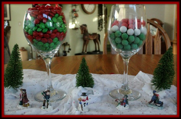 holiday tablescape - Glass Decorations