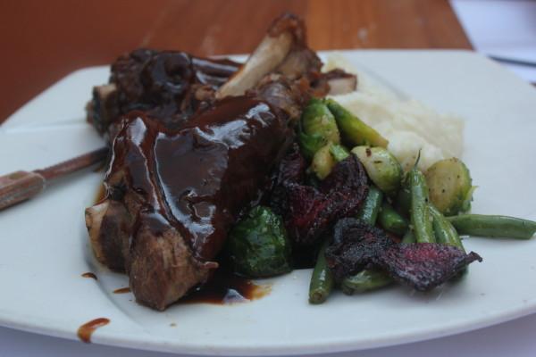 Loft-Bar-Steak
