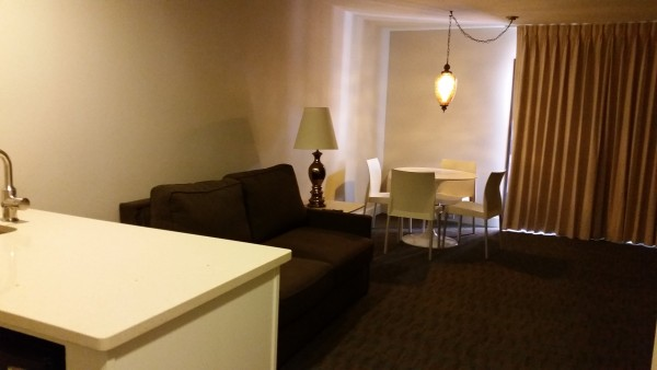 Hotel-Tv-Room