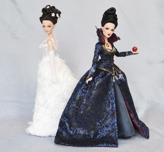 Once-Upon-a-time-dolls